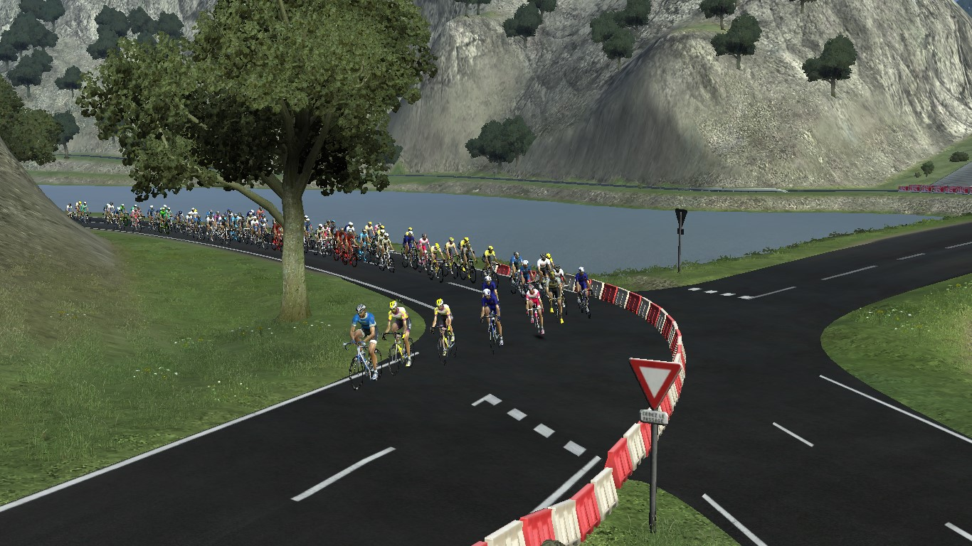 pcmdaily.com/images/mg/2017/Races/PTM/Lombardia/Lombardia-013.jpg