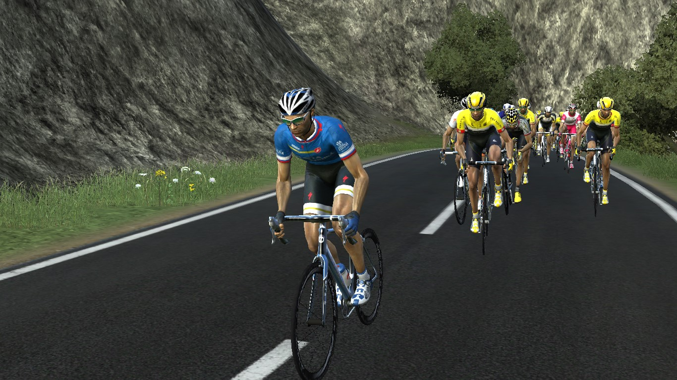 pcmdaily.com/images/mg/2017/Races/PTM/Lombardia/Lombardia-015.jpg