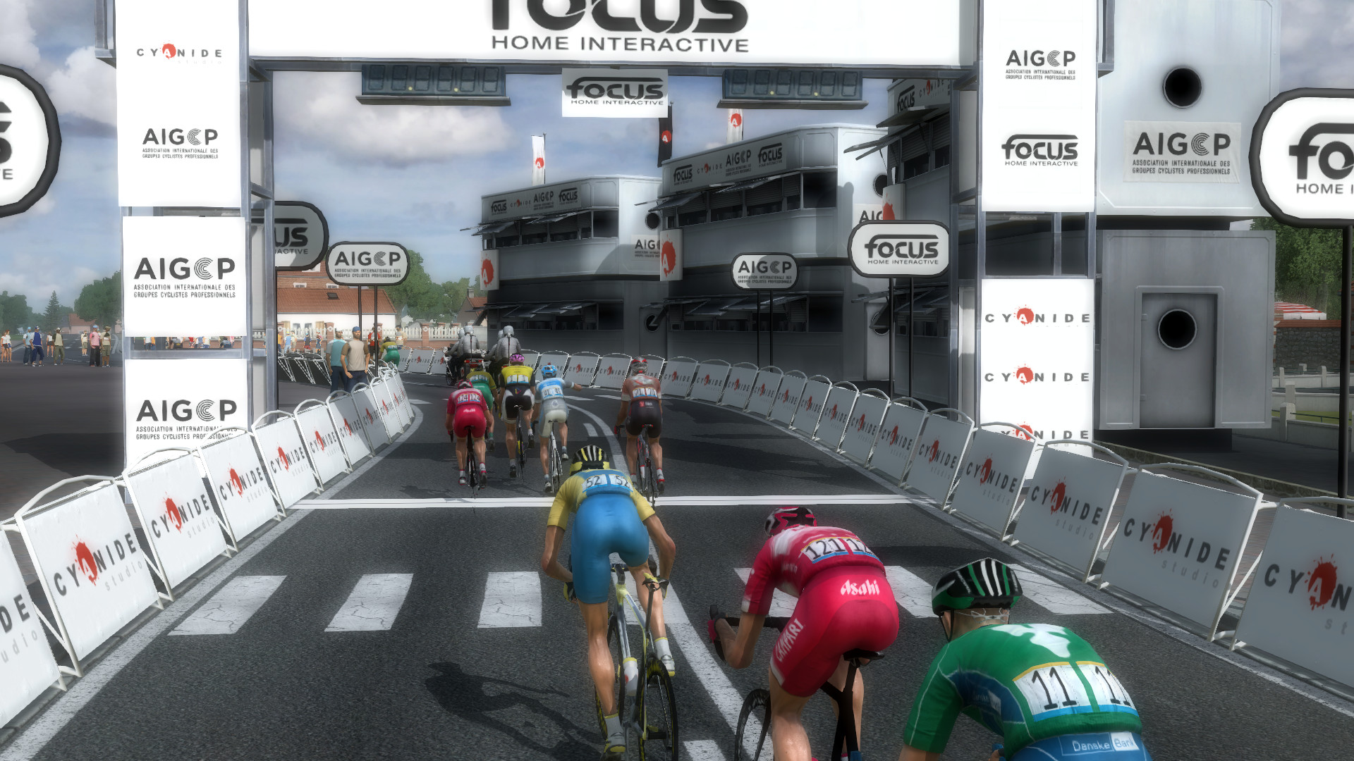 pcmdaily.com/images/mg/2019/Races/C1/Malopolski/35.jpg