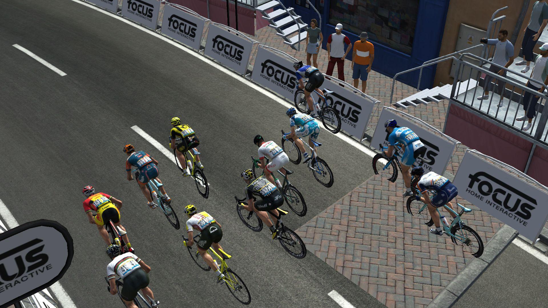 pcmdaily.com/images/mg/2019/Races/GTM/Giro/mg19_giro_10_PCM0142.jpg