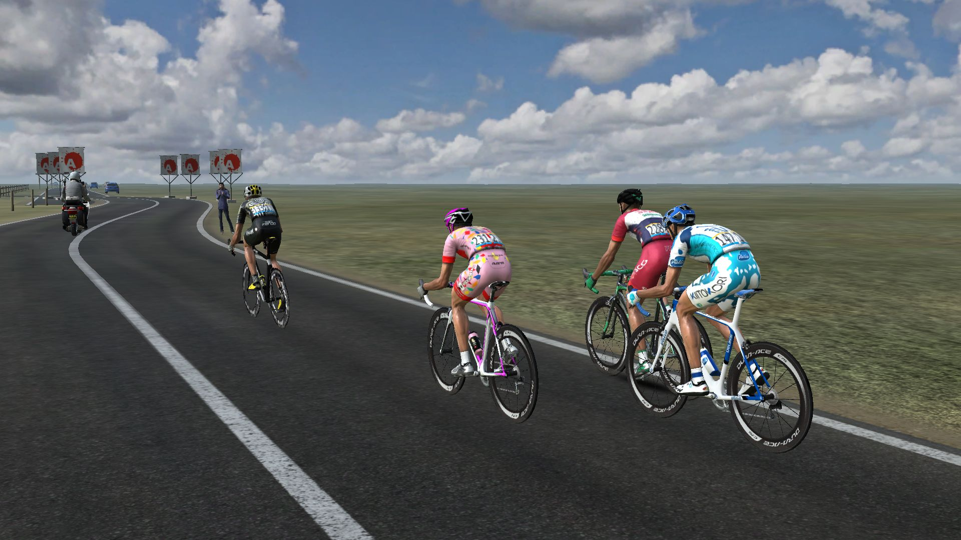 pcmdaily.com/images/mg/2019/Races/GTM/Giro/mg19_giro_18_PCM0251.jpg