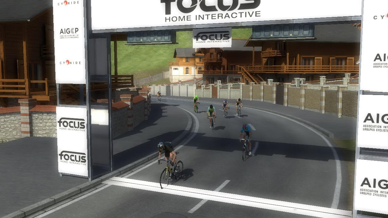 pcmdaily.com/images/mg/2019/Races/PT/Suisse/S9/28.jpg