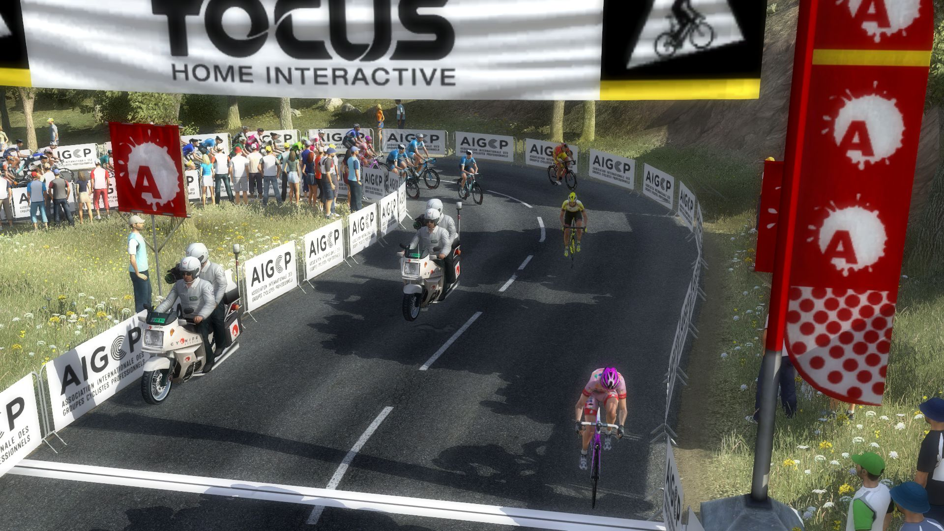pcmdaily.com/images/mg/2019/Races/PT/Tirreno/mg19_ta_s07_04.jpg