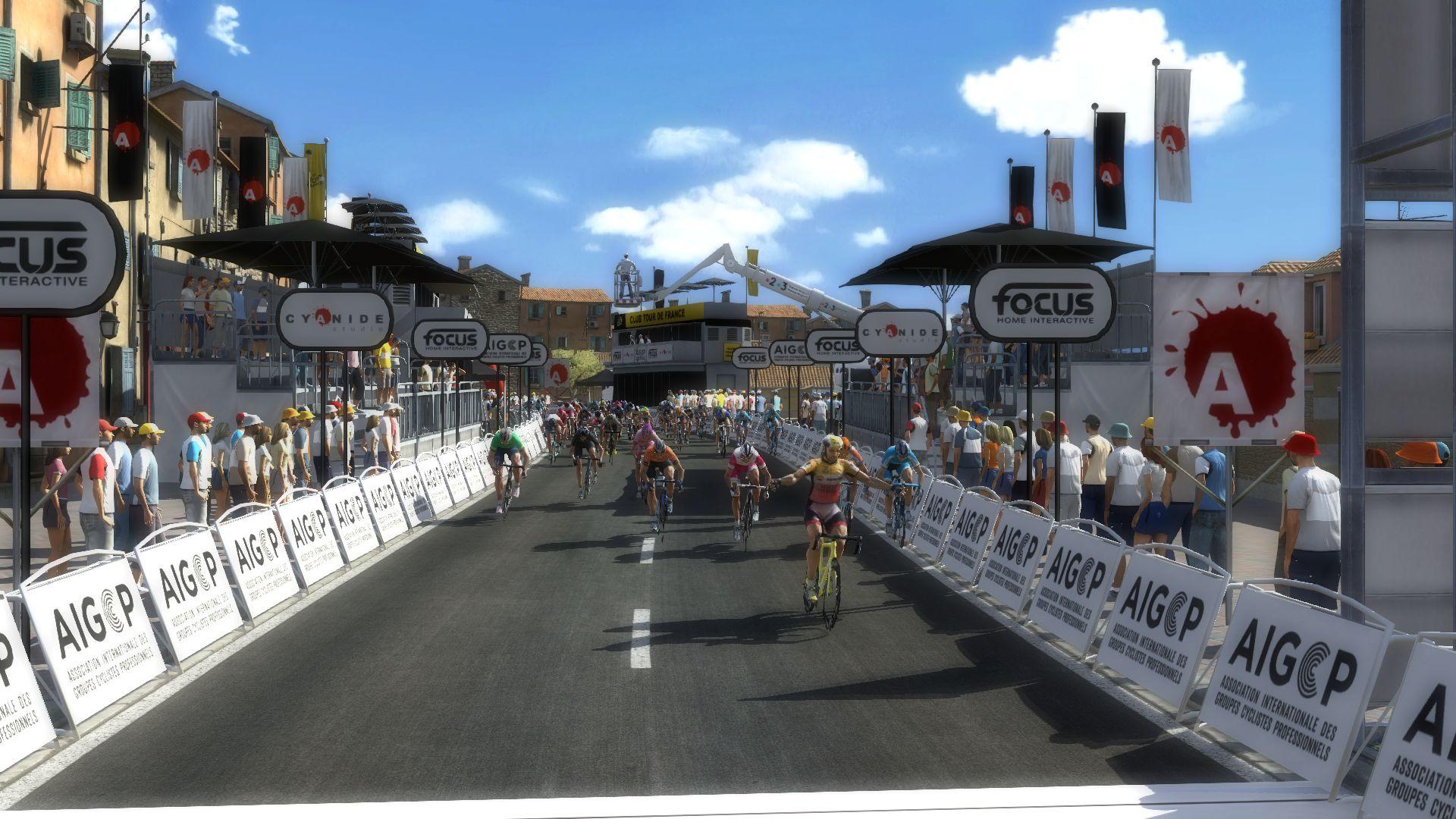 pcmdaily.com/images/mg/2019/Races/PT/Tirreno/mg19_ta_s07_25.jpg