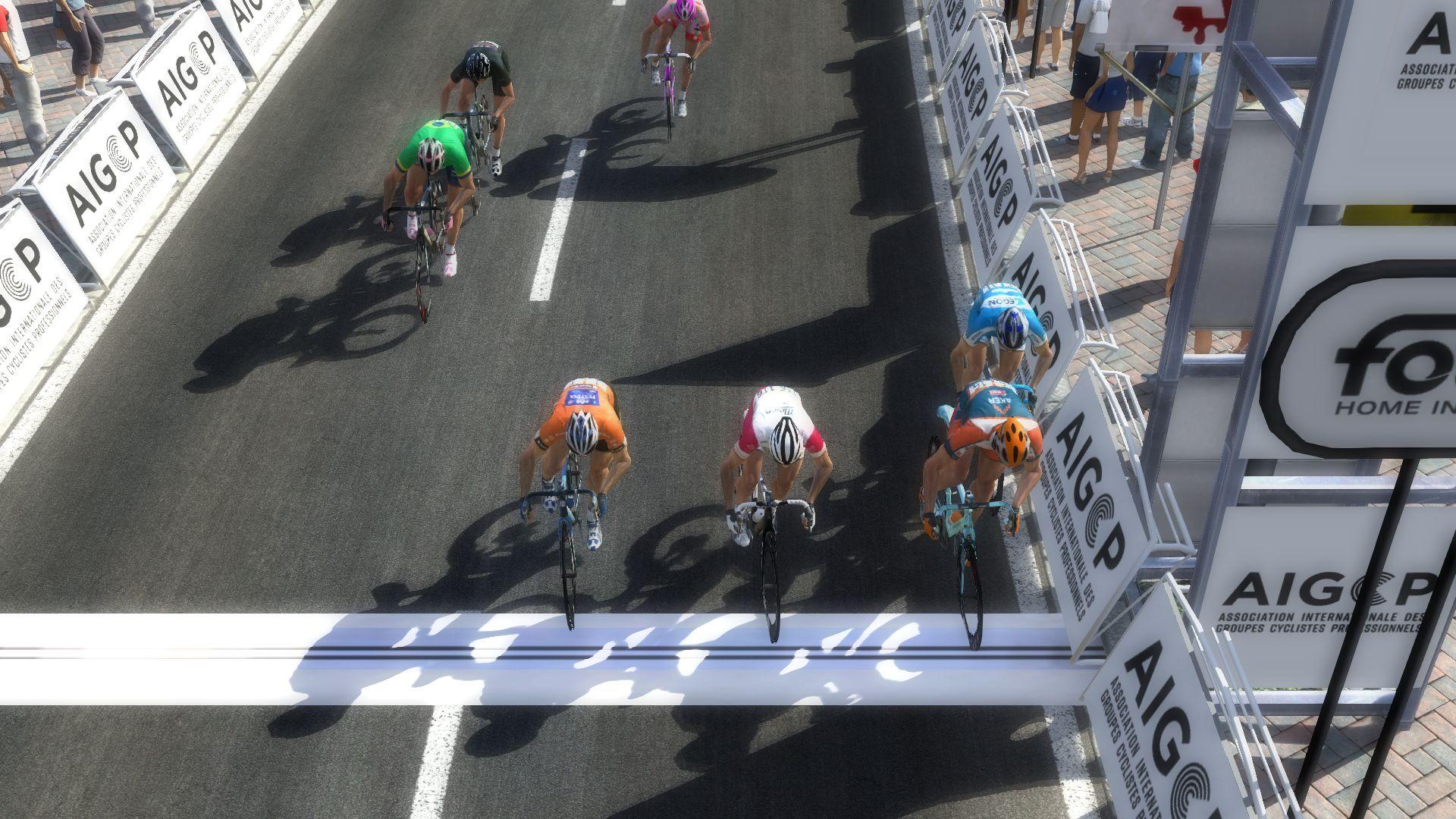 pcmdaily.com/images/mg/2019/Races/PT/Tirreno/mg19_ta_s07_26.jpg