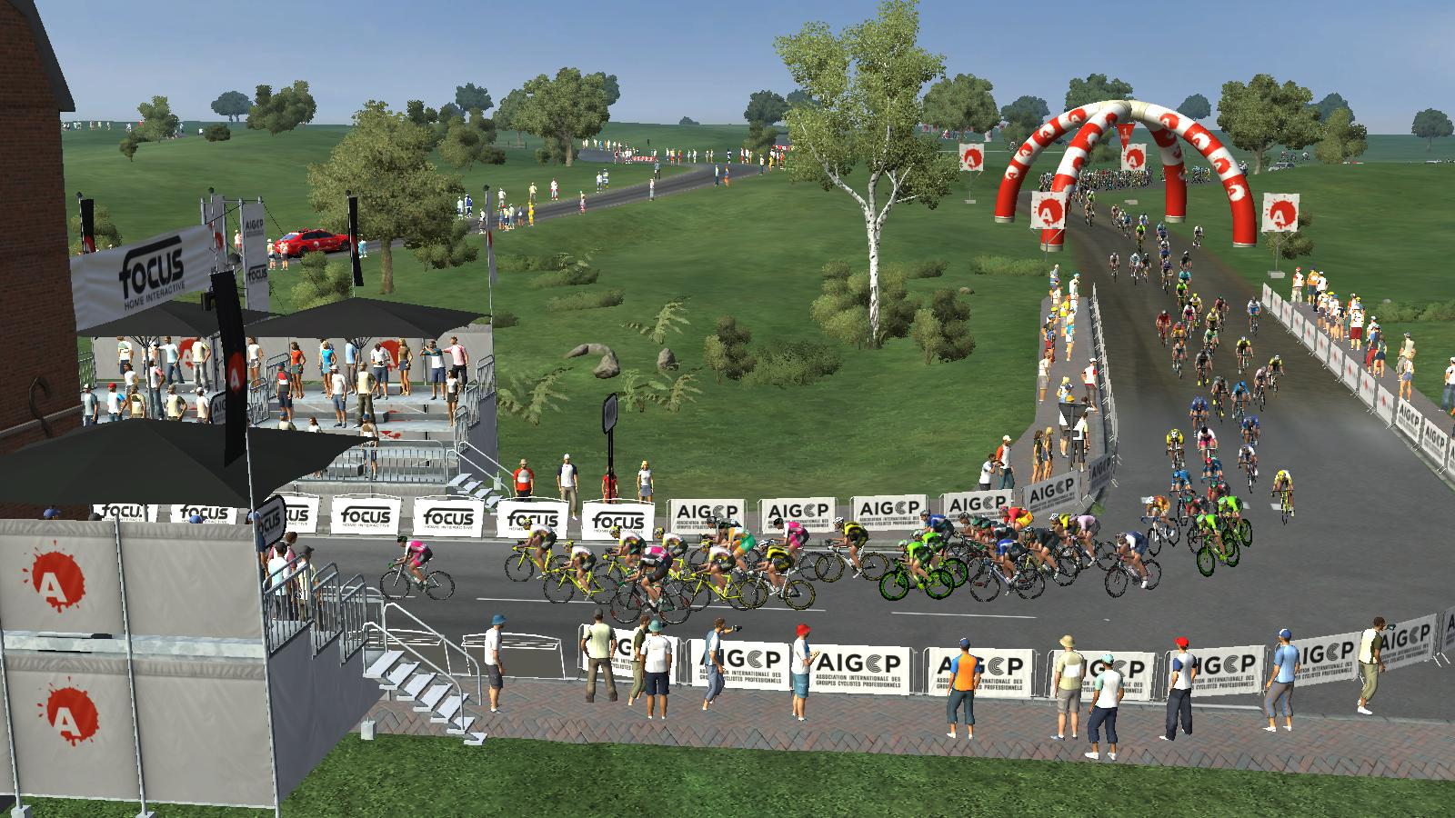 pcmdaily.com/images/mg/2019/Races/PTHC/Rheden/13.jpg