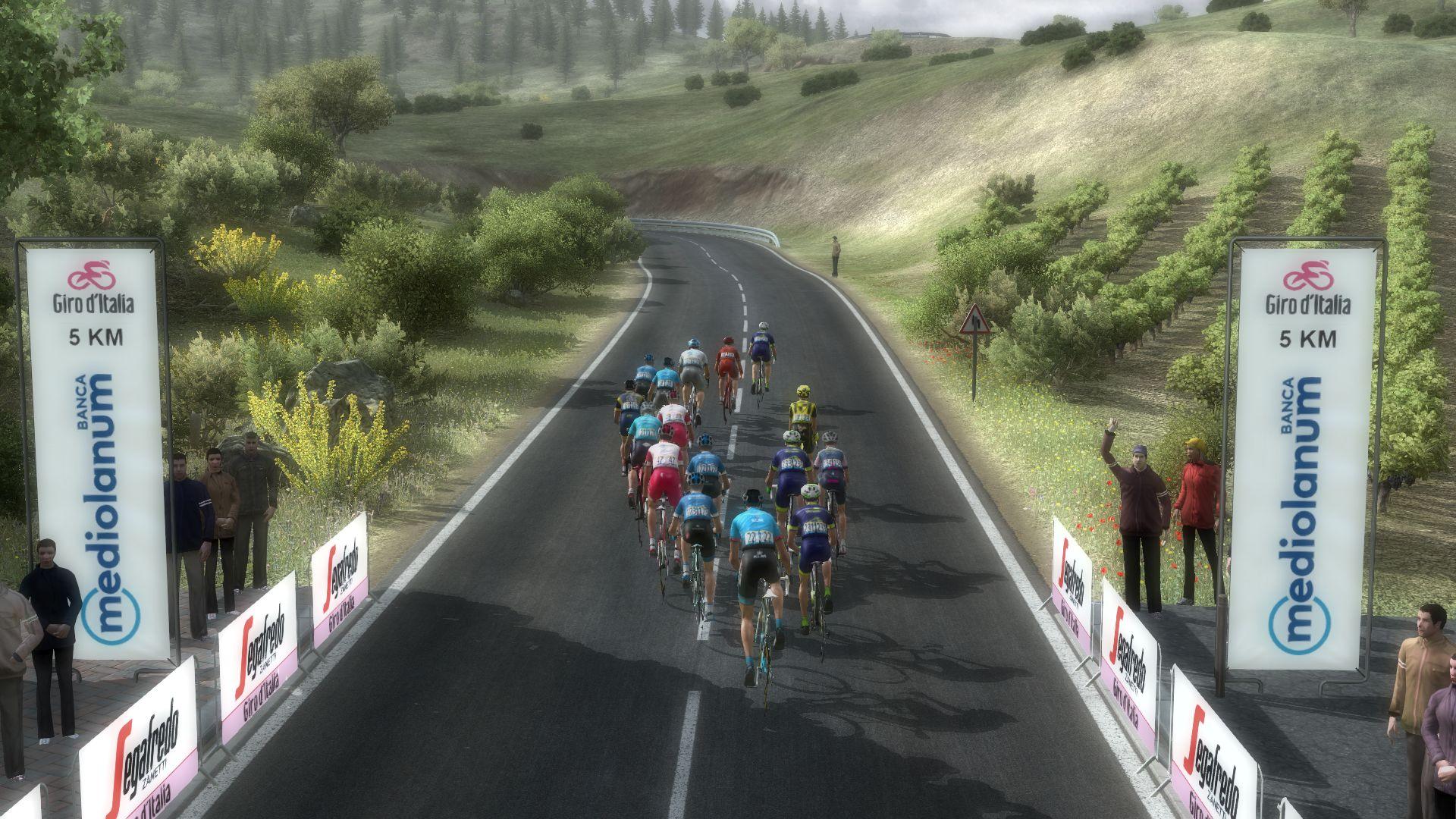pcmdaily.com/images/mg/2020/Reports/GTM/Giro/S12/mg20_giro_s12_21.jpg