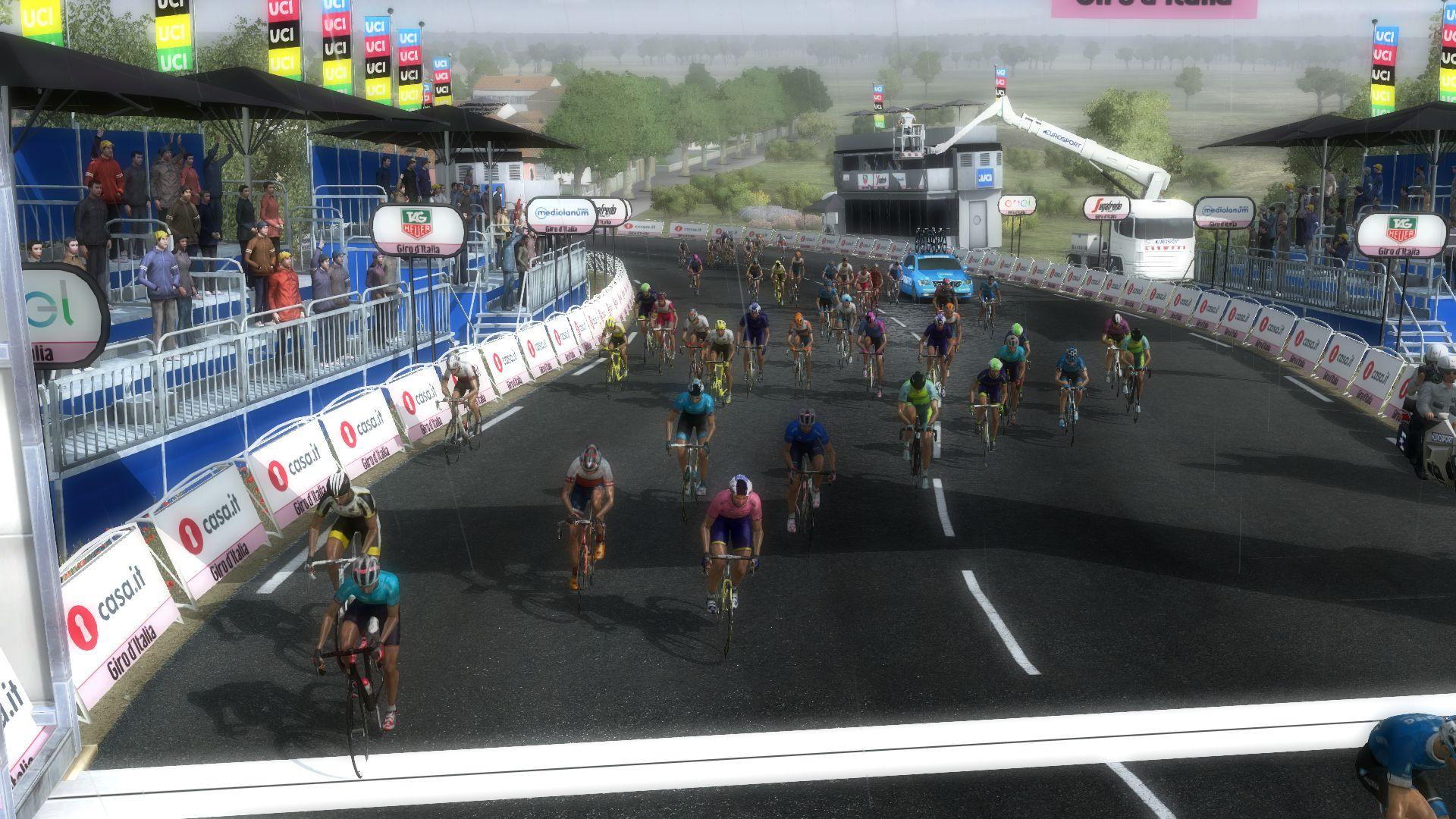 pcmdaily.com/images/mg/2020/Reports/GTM/Giro/S12/mg20_giro_s12_71.jpg