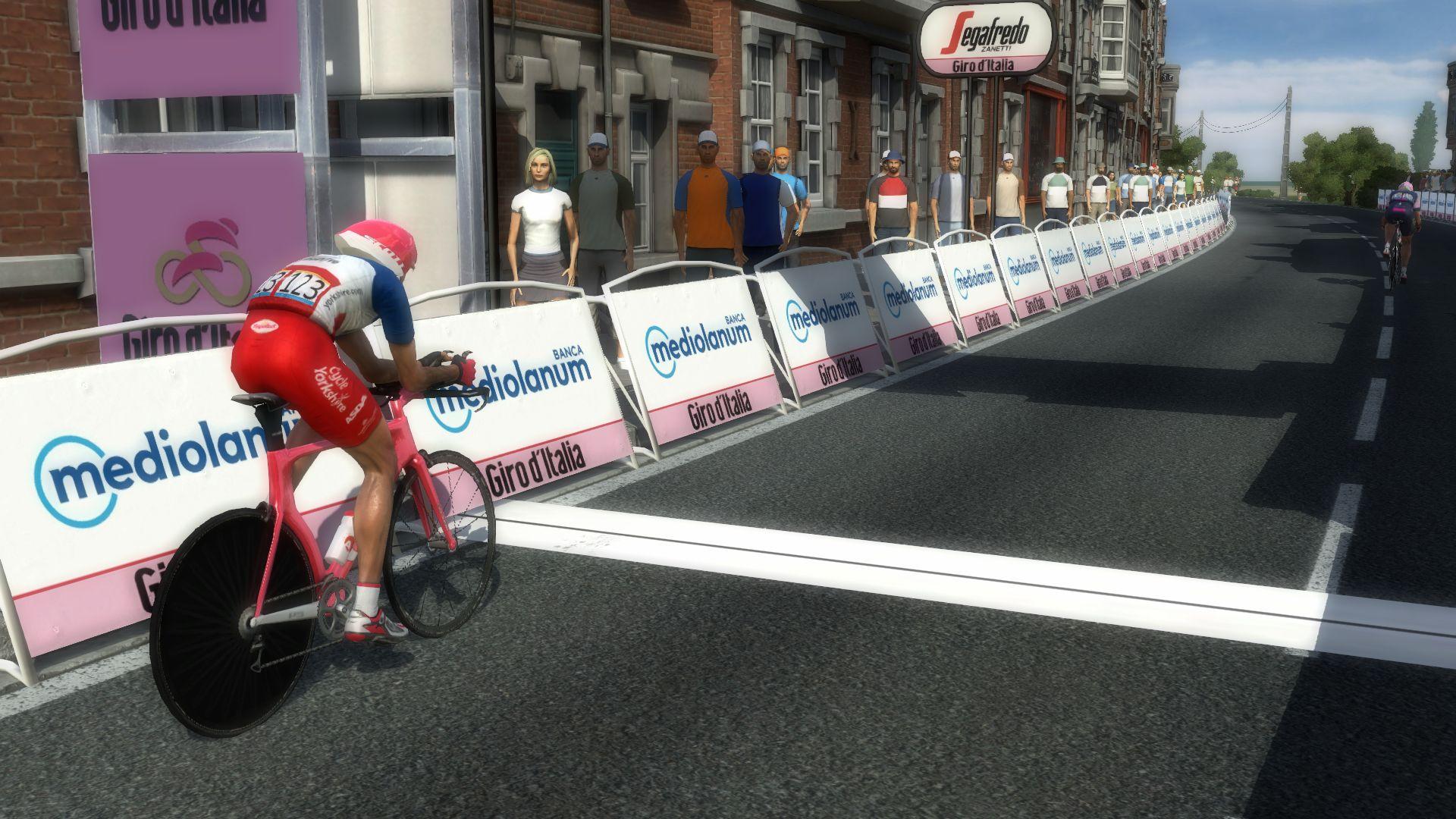 pcmdaily.com/images/mg/2020/Reports/GTM/Giro/S14/mg20_giro_s14_33.jpg
