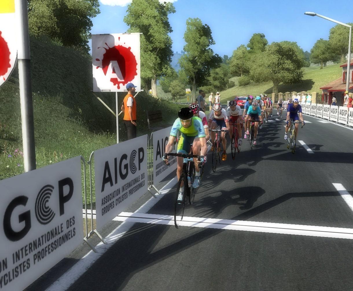 pcmdaily.com/images/mg/2020/Reports/GTM/VueltaEsp/week2/fotos/15vu04.jpg